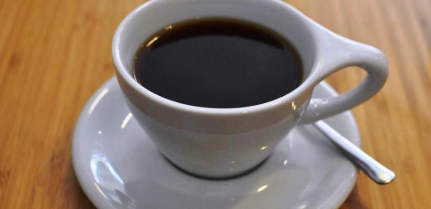 Εντυπωσιακή κόκκινη καφετιέρα φίλτρου